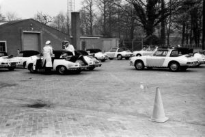 Algemene Verkeersdienst, AVD, Rijkspolitie, Driebergen, Porsche 356, 25-86-BK, Porsche 912, 72-12-BP, ER-40-49