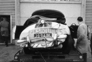 Sectie bijzondere verkeerstaken, Algemene Verkeersdienst, Rijkspolitie, Groep Surveillance Autosnelwegen (SAS), 25-94-BK, Zandvoort, total los, Toon Meijer.