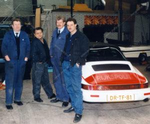 Algemene Verkeersdienst, Rijkspolitie, DR-TF-81, Alex 1249, monteur, chauffeur, werkplaats, Martin Woldinga, Ruud Buitenlaar, Wally Roest, Wim van Dijk.