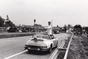 Algemene Verkeersdienst, Rijkspolitie, Porsche 911 targa, 25-29-PV, Alex 1295, Alex '71, VW Transporter T2, Aad Bel.