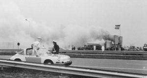 Algemene Verkeersdienst, Rijkspolitie, Groep Surveillance Autosnelwegen (SAS), Alex 1252, 00-26-ZP, Henk Postema, A16, Hazeldonk