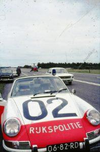 Algemene Verkeersdienst, Rijkspolitie, Porsche 911 targa, 06-82-RD, Alex 1202, AVRO, Nationale rijtest.
