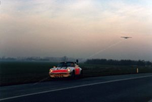 Algemene Verkeersdienst, Rijkspolitie, Porsche 911 targa, TT-99-FR, Alex 1204, Britten-Norman BN-2T Islander, Henk Hadderingh, PH-RPN.